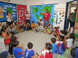 IMG_0182 Alunos do GIV Matutino conhecem brinquedos e atividades adaptadas em projeto de pesquisa