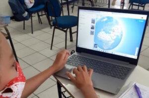 20210304_121121061_iOS-300x197 Um exemplo do uso positivo da internet na educação