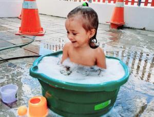 post-01-300x229 Troco minha família por um banho de bacia