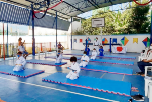 troca-de-faixa-judo21-300x201 Atletas graduados